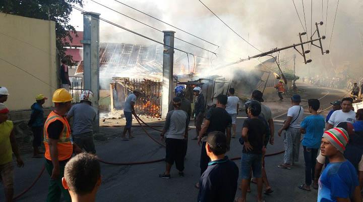 Kebakaran TPI Kota Gorontalo