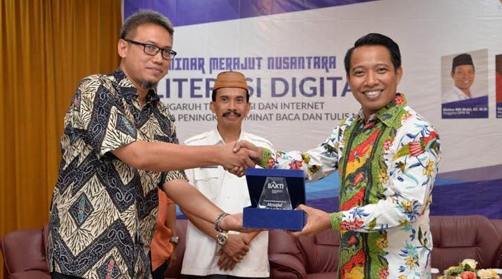 Seminar Literasi Digital