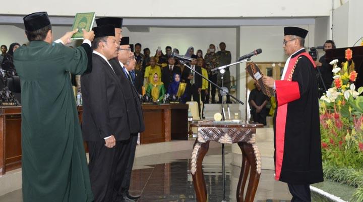 Pelantikan Pimpinan DPRD Gorontalo