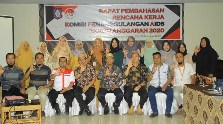 Rapat Pembahasan Evaluasi HIV/AIDS