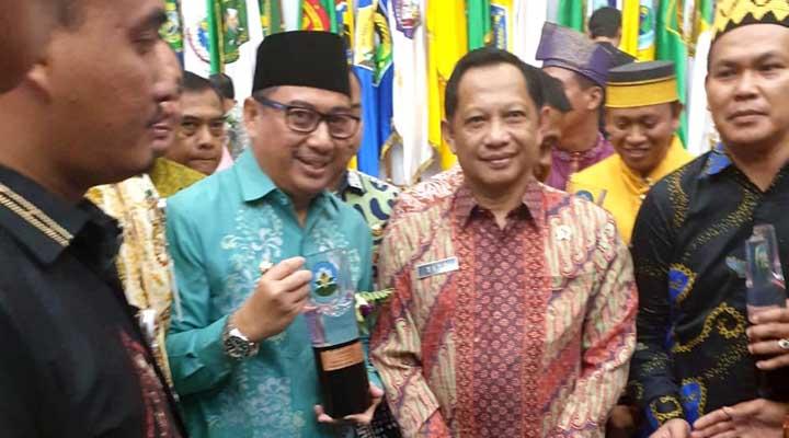 Penghargaan Kabupaten Sehat